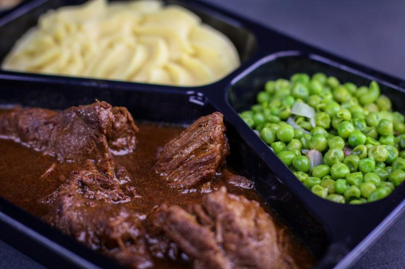 Stoofvlees met puree en erwtjes